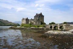 城堡donan eilean高地苏格兰 免版税库存照片