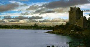 城堡dunguaire爱尔兰 库存图片