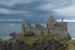 城堡dunluce 库存照片