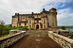 城堡dunvegan苏格兰skye 免版税库存照片