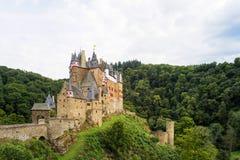 城堡Eltz是德国人绝对惊人的堡垒城堡 库存照片