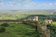 城堡extremadura西班牙trujillo视图 免版税库存图片