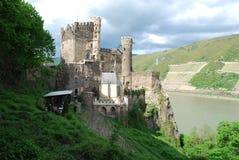 城堡germa rheinstein莱茵河谷 库存照片
