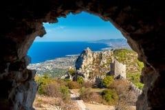 城堡hilarion st 凯里尼亚区,塞浦路斯 免版税库存图片