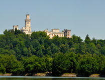 城堡hluboka 免版税库存图片