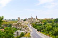 城堡kamianets老podilskyi城镇乌克兰视图 乌克兰 免版税图库摄影