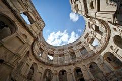 城堡krzyztopor全景波兰废墟 免版税库存图片