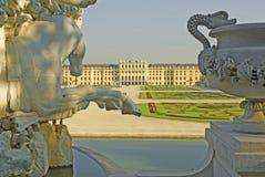 城堡nbrunn sch维也纳 免版税库存照片