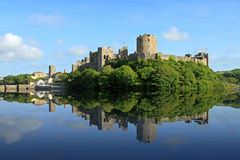 城堡pembroke 免版税库存图片