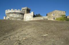 城堡populonia 库存图片