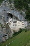 城堡predjama 库存照片