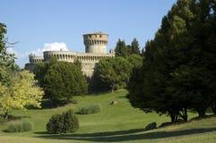 城堡volterra 免版税库存图片