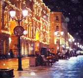 城市†‹â€ ‹步行街道夜城市 库存照片
