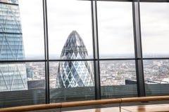 城市伦敦视图 从伦敦的摩天大楼32地板的全景  免版税图库摄影