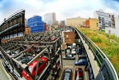 城市停车库新的停放的约克 免版税库存图片