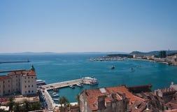城市克罗地亚分开的视图 免版税库存照片