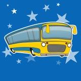 城市公共汽车象动画片样式 黄色公共汽车运输 免版税图库摄影