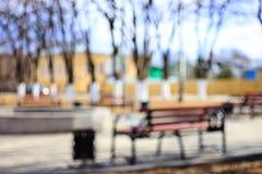 城市公园长椅休息不在焦点 库存照片