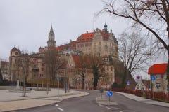 城市和城堡在山 西格马林根,巴登-符腾堡州,德国 免版税库存照片