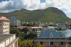 城市和山Moka 路易斯・毛里求斯端口 库存图片