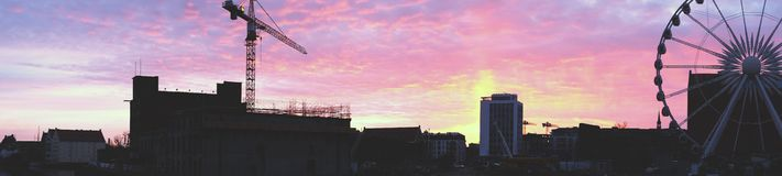 城市和弗累斯大转轮的看法 库存照片
