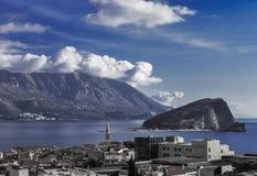 城市和海岛的美丽的景色 免版税库存照片