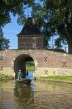 城市和水闸Boerenboom在恩克赫伊森 免版税库存图片
