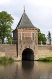 城市和水闸Oude Gouwsboom在荷恩 免版税图库摄影