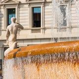 城市喷泉的看法,巴塞罗那,西班牙 复制文本的空间 特写镜头 免版税库存图片