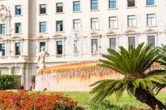 城市喷泉的看法,巴塞罗那,西班牙 复制文本的空间 免版税图库摄影