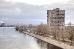 城市圣彼得堡 岸上议院开水道 库存图片