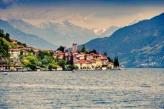 城市圣玛丽亚Rezzonico的看法 免版税图库摄影