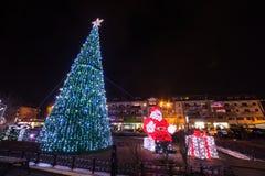 城市圣诞灯夜 库存照片