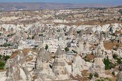 洞城市在Cappadocia,土耳其 免版税库存图片