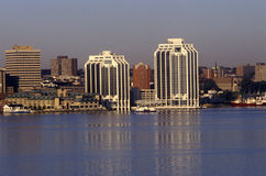 城市地平线视图在哈利法克斯,新斯科舍,加拿大 库存图片