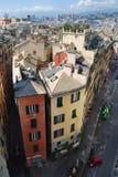 城市壁角顶头房子横向 库存照片