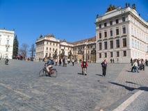 城市布拉格的吸引力 雕象和纪念碑 历史大厦 免版税库存照片