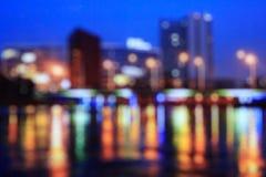 城市弄脏了bokeh光夜视图,抽象背景 免版税库存图片