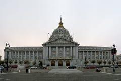 城市弗朗西斯科大厅圣 免版税库存照片