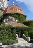 城市手段Svetlogorsk直到1947年-德国城市Rauschen 历史建筑-塔温泉 库存照片
