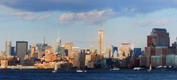 城市新的全景日落约克 免版税图库摄影
