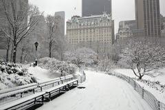 城市新的雪风暴约克 免版税库存照片
