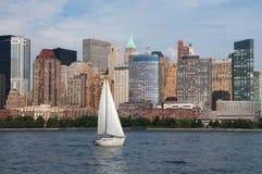 城市新的scrapper天空约克 免版税图库摄影