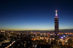 城市晚上台北 免版税库存图片
