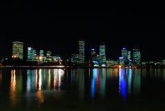 城市晚上宽被射击的珀斯 库存图片