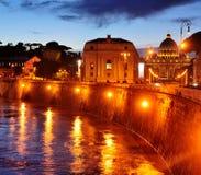 城市晚上梵蒂冈 库存照片