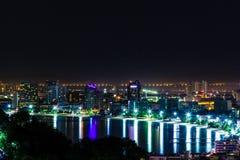 城市晚上pattaya 免版税库存图片