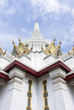 城市柱子寺庙,曼谷,泰国屋顶上面  库存照片