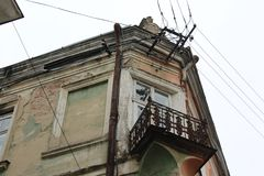 城市桑博尔,乌克兰老著名美丽的建筑学阳台  免版税库存图片