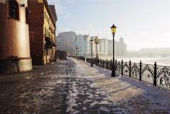 城市横向冬天 免版税库存照片